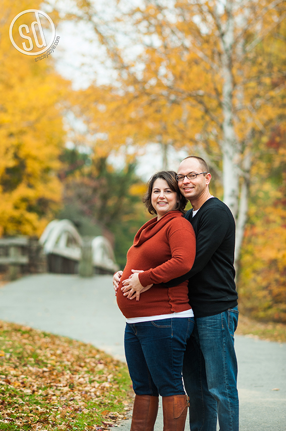 maternity photo shoot, lincoln woods, portrait photo session, rhode island photographer