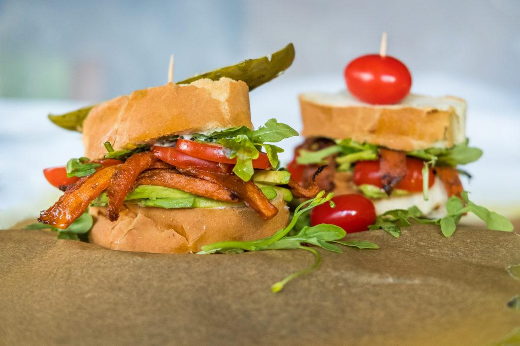 sammy, sandwiches, veggie sandwich, carrots